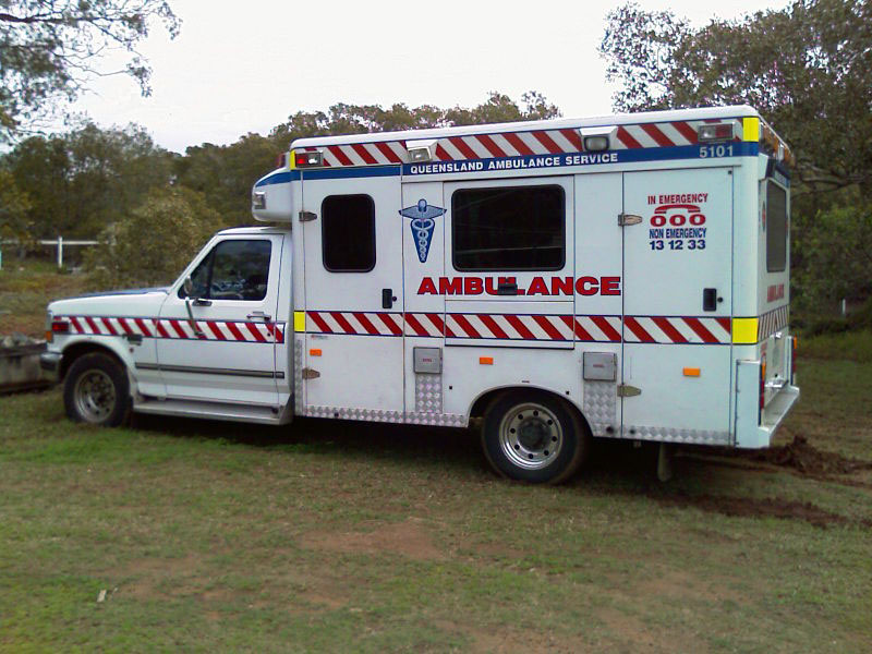 queensland ambulance old - Ambulance Pictures To Colour